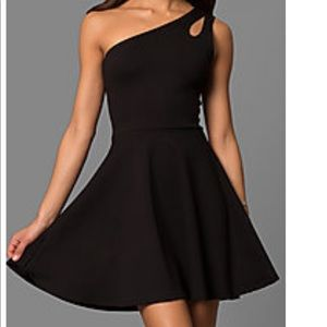 NWT black homecoming dress!!